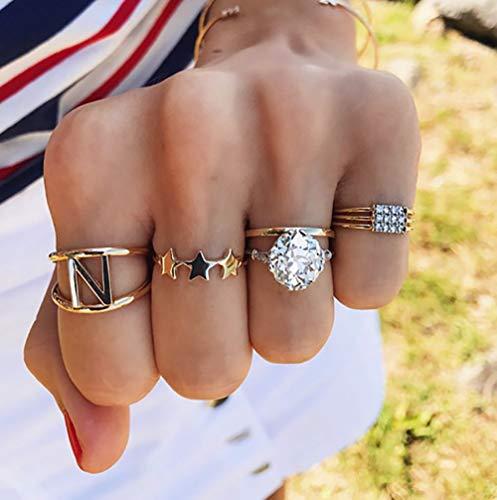 Deniferymakeup 4 stks Boho Gouden Ster Letter Ring Strass Diamanten Ring Knuckle Ring Set Gift Voor Haar Vintage Gouden Ring Set voor Vrouwen en Meisjes Tieners