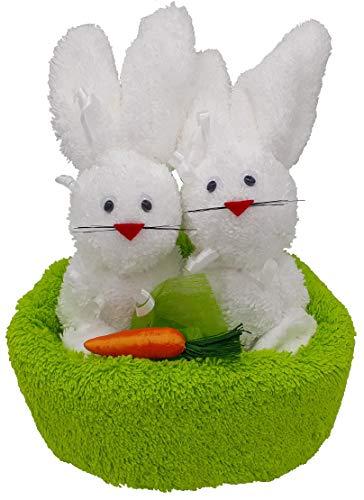Frotteebox Geschenk Set Hasenpaar im Nest in Handarbeit geformt aus 1x Gästetuch grün (50x30cm) und 2X Waschhandschuh weiß