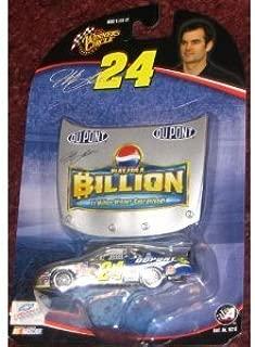 Winner's Circle 2004 NASCAR Jeff Gordon #24 Pepsi Dupont Billion Dollar 1:64 Scale Car & Bonus Magnet Hood