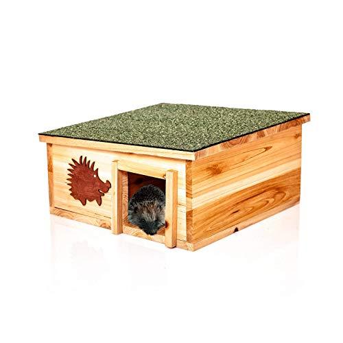 Skojig© XL Igelhaus aus naütrlichem Holz & integriertem Raubtierschutz - Igelpension Igelhütte Igelhotel - Winterquartier & Schutz für Igel gegen Raubtiere.