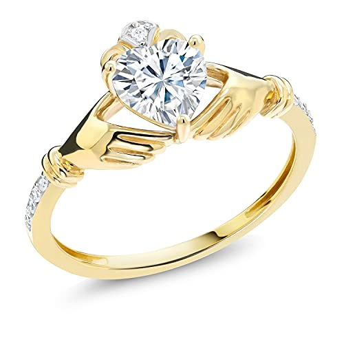 10K Yellow Gold Heart Shape Created Moissanite by Gem Stone King and Diamond Women Solitaire Irish Celtic Claddagh Ring (0.86 Cttw, G-H Color, Available in size 5, 6, 7, 8, 9)