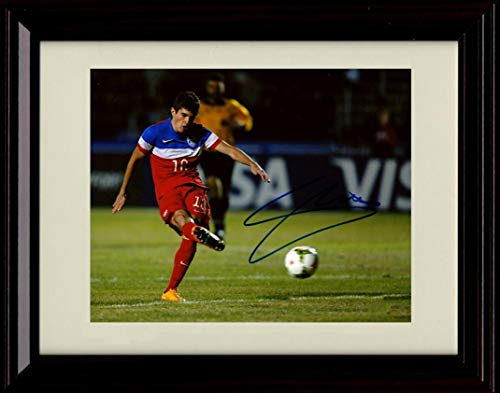 Framed Christian Pulisic Autograph Replica Print - Team USA Taking The Shot