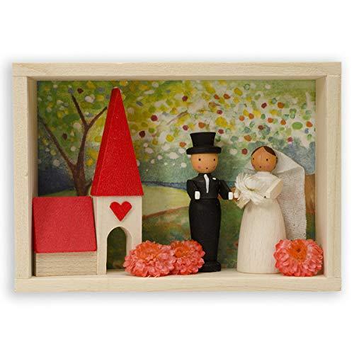 Graupner Holzminiaturen | Glückwunsch Kästchen Brautpaar aus Holz | Original Erzgebirgische Holzkunst® | Hochwertige Handarbeit | besondere Geschenkidee zur Hochzeit | Verpackung für Geldgeschenk