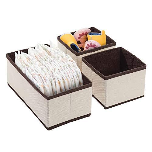 mDesign Juego de 3 Cajas para Guardar Ropa – Organizador de Armario en 2 tamaños para el Dormitorio Infantil – Cajas organizadoras de Fibra sintética con Bonito diseño – Crema/marrón