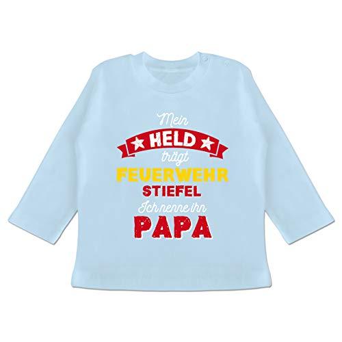 Vatertagsgeschenk Tochter & Sohn Baby - Mein Held trägt Feuerwehrstiefel - 18/24 Monate - Babyblau - Feuerwehrstiefel - BZ11 - Baby T-Shirt Langarm