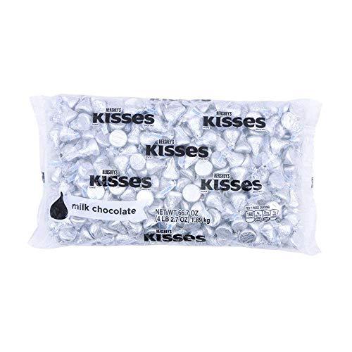 HERSHEY'S KISSES Silver Foils Milk Chocolate Candy, Bulk, 66.7 oz Bulk Bag (400 Pieces)