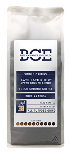 Bulk Gourmet Emporium - Café arábica de origen único molido mezcla 'Late Late Show' para después de cenar, en bolsa reciclable de 1 kg (para 60-65 tazas aprox.)