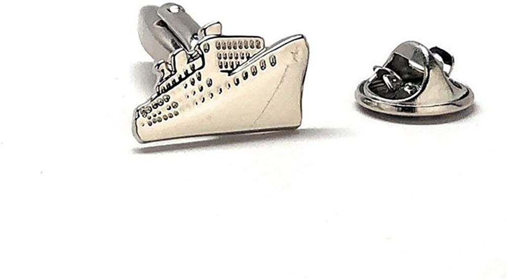 New mail order Williams and Clark Cruise Ship Pin Silver Enamel 2021 P Boat Vacation