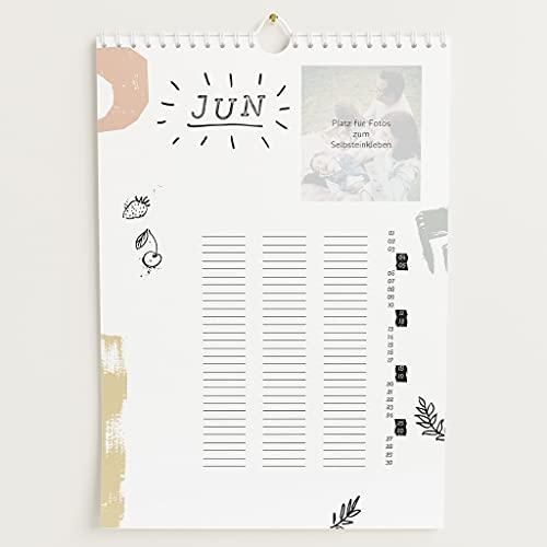 sendmoments Familienkalender 2022 gestalten mit Relieflack, Bunte Saison, Bastelkalender mit 3 Spalten, Spiralbindung, DIN A4 Hochformat