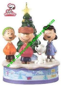 Merry Christmas, Charlie Brown! The PEANUTS Gang - 2010 Hallmark Keepsake Ornament