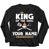 lepni.me Camiseta Personalizada para Hombre Manga Larga Rey de la Parrilla Chef Barbacoa Accesorio Regalos Nombre Personalizado de Tu Papá (XL Negro Multicolor)