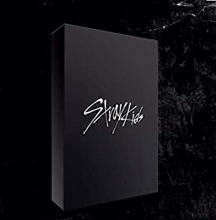 JYP Ent Stray Kids - GO? Limited Edition Album+Pre-Order Benefit+Folded Poster+Extra Photocards Set