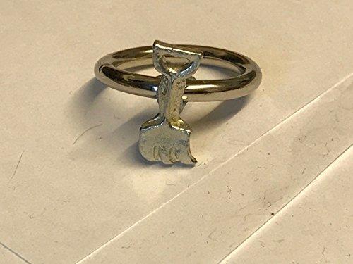 GIFTSFORALL Strand-Stil Gabel Spaten TG192 Emblem aus feinem englischen Zinn auf einem Schal Ring von US Geschenken für alle 2016 von Derbyshire UK ...