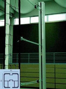 Grevinga® Volleyball-Pfosten nach EN 1271 und DVV-Norm II mit Spindel-Spannmechanik (mit Adapter für vorh. runde Bodenhülsen, rund Ø 83 mm)