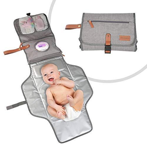 ORGOMIDO Cambiador Portátil De Pañales Para Bebe De Alta Calidad - DISEÑO 2020- Cambiador De Viaje Unisex Impermeable (110 x 52.5 cm) - Ideas de regalos para recién nacidos Definitivamente es Orgomido
