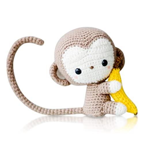 Mar's Designs - Bambola di uncinetto, scimmietta con piattino, idea regalo originale fatta a mano, per bambini e bambine