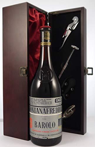 Barolo 1965 Fontanafredda en una caja de regalo forrada de seda con cuatro accesorios de vino, 1 x 750ml