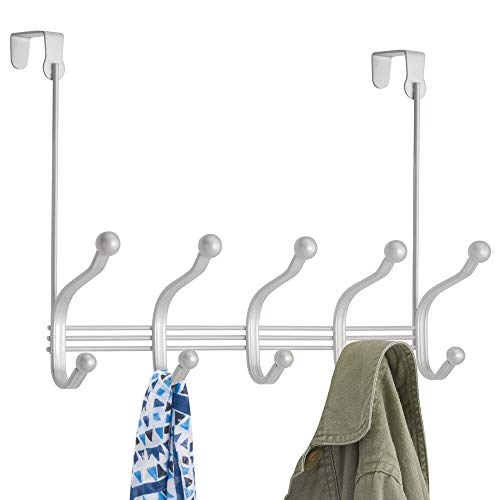 MDESIGN Hakenleiste aus Metall im Vintage-Stil – 10 Garderobenhaken für die Tür in Flur und im Bad – kompakte Türgarderobe für Mäntel, Jacken, Bademäntel, Handtücher – hellgrau