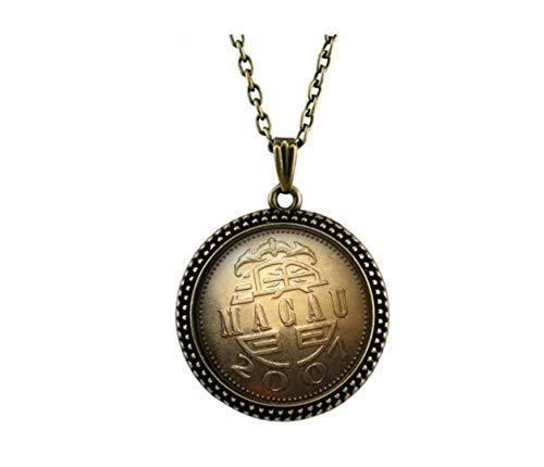 Xubu Vintage munt hanger, Macau 1 Yuan zilveren munt ketting, geschenken voor munten verzamelaars