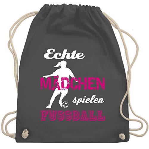 Shirtracer Fußball - Echte Mädchen spielen Fußball weiß - Unisize - Dunkelgrau - fußball pink - WM110 - Turnbeutel und Stoffbeutel aus Bio-Baumwolle