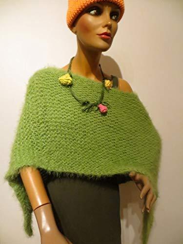 Damen Poncho, grün, kuschelweich, kann man auch unter einem Mantel tragen