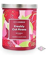Royal Essence Vers gesneden rozen kaars met verrassingsring binnen (925 sterling zilver gewaardeerd op £50 tot £3.000) 90-100 uur brandtijd, ketting