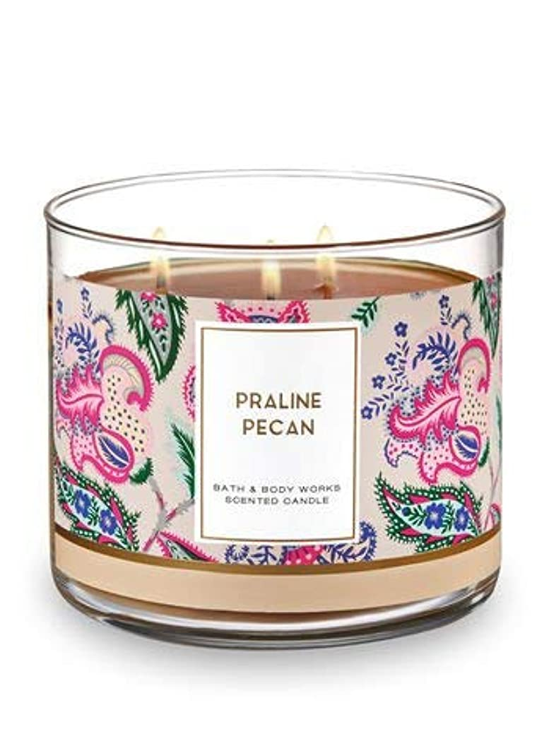 宇宙ましいハッピーBath and Body Works 3 Wick Scented Candle Praline Pecan 430ml