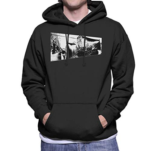 Motorsport Images Water Sprays from Rear Tyres F2003 GA Men's Hooded Sweatshirt