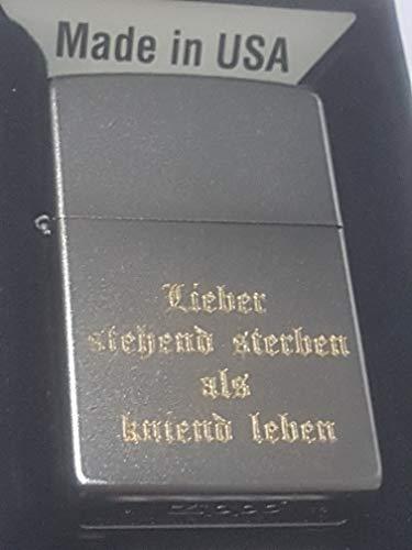 zippo 18834 Lieber stehend sterben als kniend Leben Satin Finish-Diamantgravur-unlimitiert, Chrom satiniert