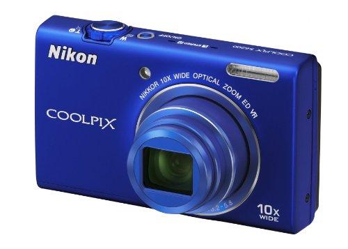 Nikon Coolpix S6200 Digitalkamera (16 Megapixel, 10-fach opt. Zoom, 6,7 cm (2,6 Zoll) Display, HD-Video, bildstabilisiert) blau