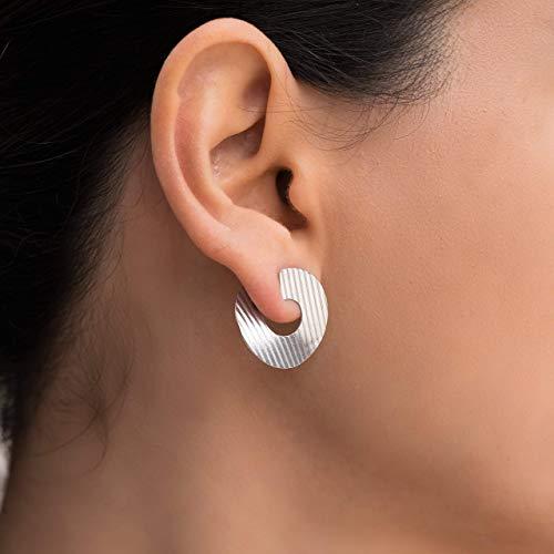 925 Sterling Silber Ohrstecker, runde Ohrringe, minimalistische Ohrringe, hypoallergene Ohrringe, moderne Ohrringe, ungewöhnliche handgefertigte Ohrringe von Emmanuela, Huggie Ohrringe