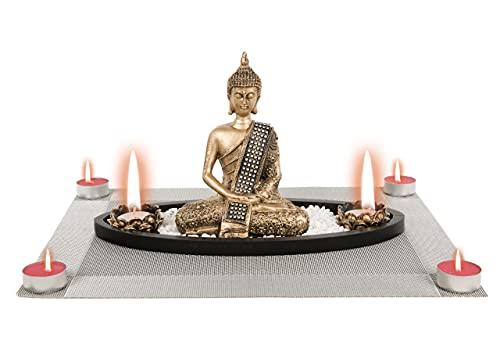 Centro Zen Buda con Túnica Figura Decorativa con 2 PortaVelas + 4 Velas Aromáticas Frutos Rojos + Salvamantel Decorativo (Regalo Original)