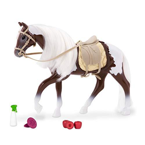 Lori 45738 Pferd Pinto, Zubehör für Puppe 15cm, Puppenpferd, Schecke, Westernpferd, Sattel, Trense, Eimer, Striegel, Putzzeug, reiten, Rodeo, Sattel Mehrfarbig