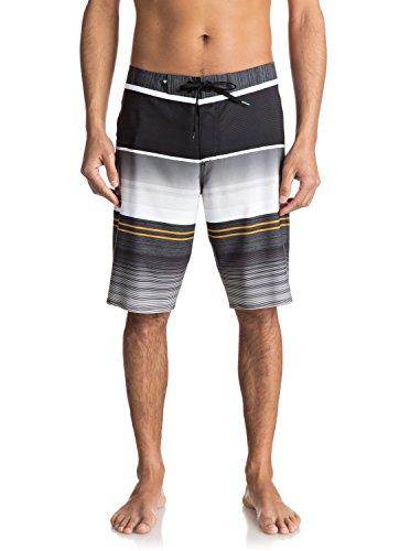 Quiksilver Men's Everyday Stripe Vee 21 Boardshort, Tarmac,...