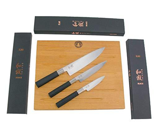 Kai Wasabi Black 67-W17 - Juego de cuchillos de cocina (20 cm, Santoku 15 cm, cuchillo de oficina de 10 cm + tabla de cortar maciza de 40 x 30 cm, incluye caja de regalo)