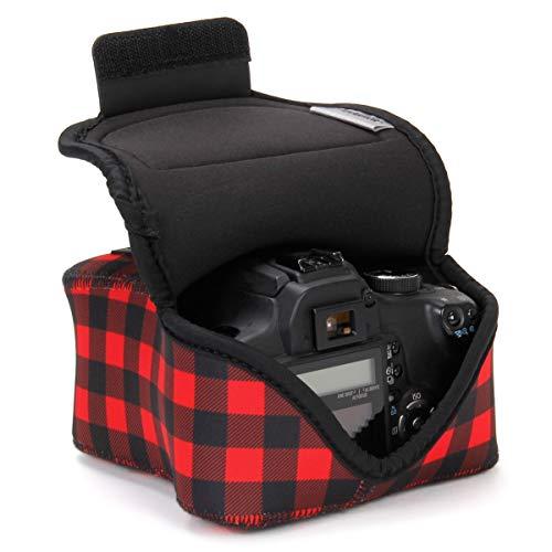 USA GEAR DSLR Kameratasche für Spiegelreflexkameras, SLR-Kamerahülle mit Neoprenschutz, Gürtelhalfter und Zubehör - Kompatibel mit Nikon D3400, Canon EOS Rebel SL2, Pentax K-70 & mehr - Rotes Plaid