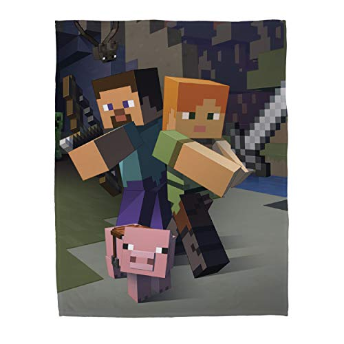 Minecraft Official Goodguys Fleece Blanket Throw | Creeper Design Super Soft Blanket | Perfect For Any Bedroom