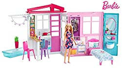 Barbie doll's portable house unfolds to reveal 60 cm of indoor and outdoor storytelling fun - this one-storey doll playset features a kitchen, bedroom, bathroom Fill the pool with water to really make a splash - barbie will have so much fun swimmin...