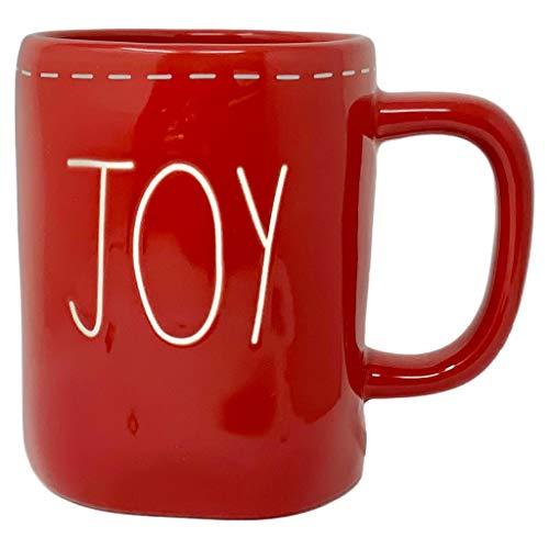 RAE DUNN RED JOY Tasse – Artisan Collection von MAGENTA – Schöne Red Rae Dunn JOY Tasse mit weißer Naht für Ihren Lieblings-heißen Kaffee oder heißen Tee an einem kalten Weihnachts- und Wintermorgen