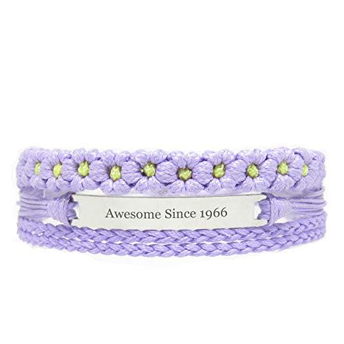 Miiras Geburtstag graviertes handgemachtes Armband - Awesome Since 1966 - Lila FL - Geschenk für Frauen, Mädchen, Freunde, Mütter, Töchter, Tanten, die 1966 geboren wurden