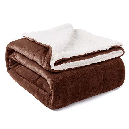 VOTOWN HOME Sherpa Decke Braun weich Kuscheldecke 150x200 cm, Doppelschicht warm flaushig Fleecedecke als Wohndecke/Sofadecke, Flanell Mikrofaser-Flausch Decke für Bett oder Couch