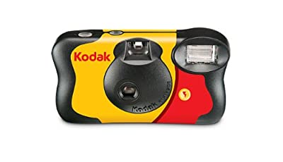 Kodak 861-7763 Funsaver 27 One Time Use Camera by Eastman Kodak Company