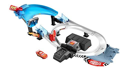 Disney and Pixar Cars Rust-Eze Double Circuit Speedway Playset Test Track Set for Drift, Race and Crash Competitions, with Lightning McQueen Vehicle, Kids Birthday Gift for Ages 4 Years and Older