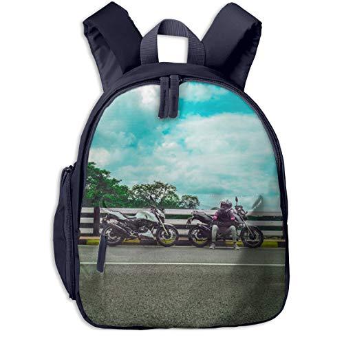 Kinderrucksack Kleinkind Jungen Mädchen Kindergartentasche Asphaltstraße, die neben Sportfahrrad sitzt Backpack Schultasche Rucksack