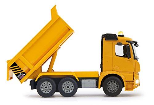 RC Auto kaufen Baufahrzeug Bild 6: Jamara 404940 - Muldenkipper Mercedes-Benz Arocs 2,4 GHz - Kippmulde hoch / runter, realistischer Motorsound, Hupe, Rückfahrwarnsound, 4 Radantrieb, gelbe LED Signallichter, programmierbare Funktionen*