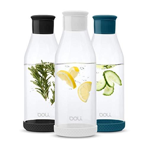 Doli Bottles Premium Glaskaraffe mit Deckel 1,5 L | Wasserkaraffe mit Silikondeckel und Silikonfuß | eleganter Wasserkrug | aromadicht verschließbar | für Wasser, Eistee, Milch, Saftschorlen (Weiss)