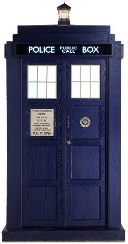 US-Way e.K. Pappaufsteller Dr Who - The Tardis 2/3 lifesize Aufsteller Standup Figur Kinoaufsteller Pappfigur Cardboard Lebensgroß Life-Size Standup
