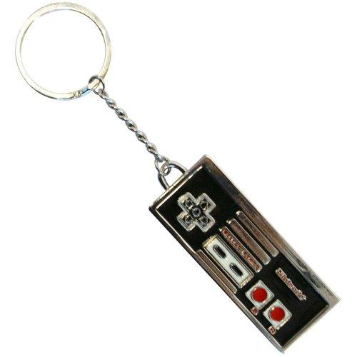 Nintendo Original Enamelled Metal NES Controller Keychain - KE138750NTN (Nintendo DS)