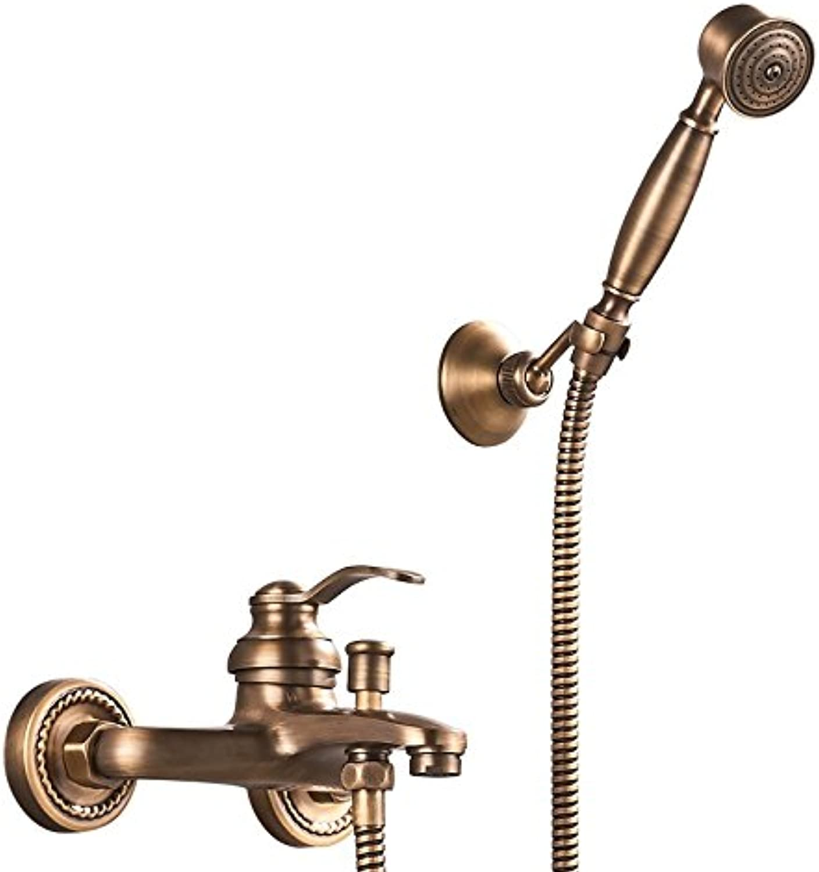 Eine bronze - retro - bad mit eine einfache dusche stellen