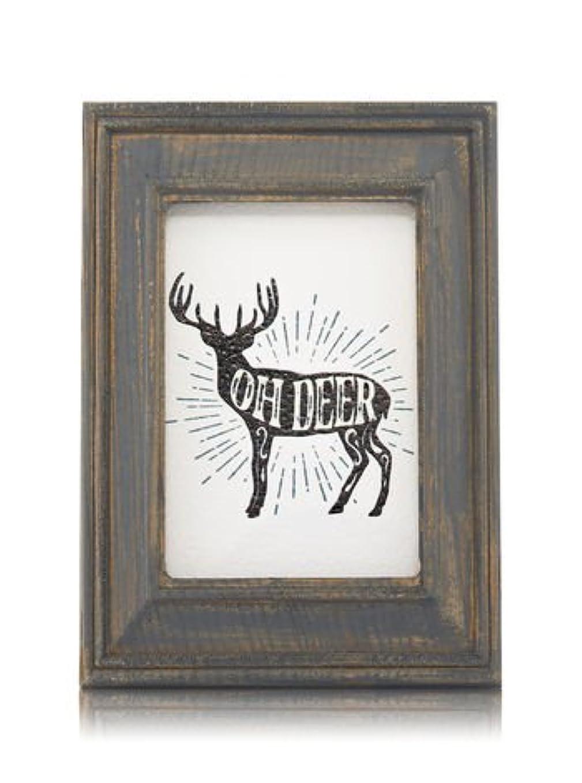 散文写真タイプ【Bath&Body Works/バス&ボディワークス】 ルームフレグランス プラグインスターター (本体のみ) ウッドフレーム トナカイ Wallflowers Fragrance Plug Wooden Oh Deer Frame [並行輸入品]